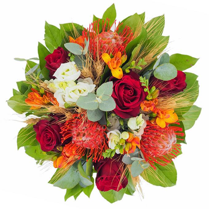 Buchet cu flori roșii, portocalii, albe și spice de grâu