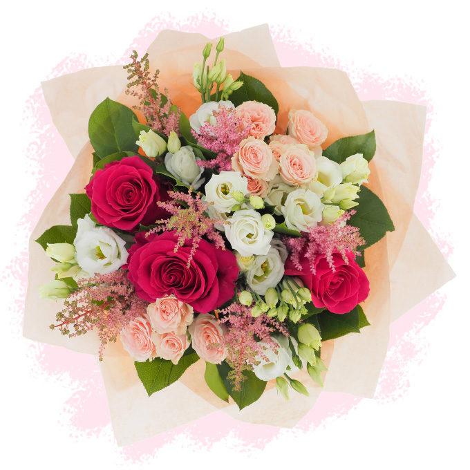 Buchet pastelat cu astilbe roz